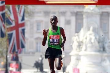 mutai-and-keitany-dominate-and-dazzle-in-lond