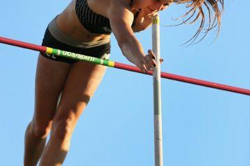 mccartney-pole-vault-record