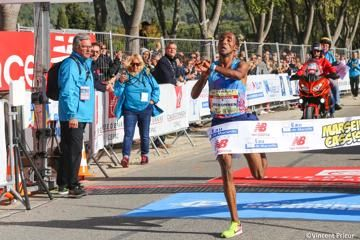 yimer-chelimo-win-marseille-cassis-20km