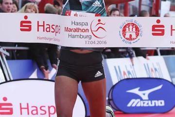 melkamu-and-abera-win-hamburg-marathon