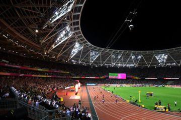 sunset-vine-world-championships-host-broadcas