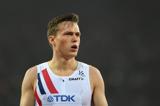 karsten-warholm-norway-400m-hurdles-decathlon