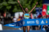 prague-marathon-2016-lawrence-cherono-lucy-ka