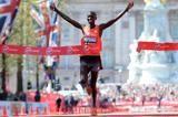 kimetto-kipsang-bekele-2015-london-marathon