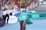 gifu-seiryu-half-marathon-2017-jepkosgei-cour