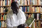 athlete-hobbies-eliud-kipchoge-books